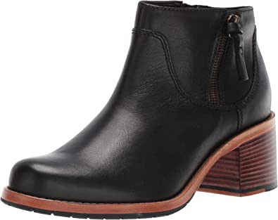 amazon clarks ankle boots