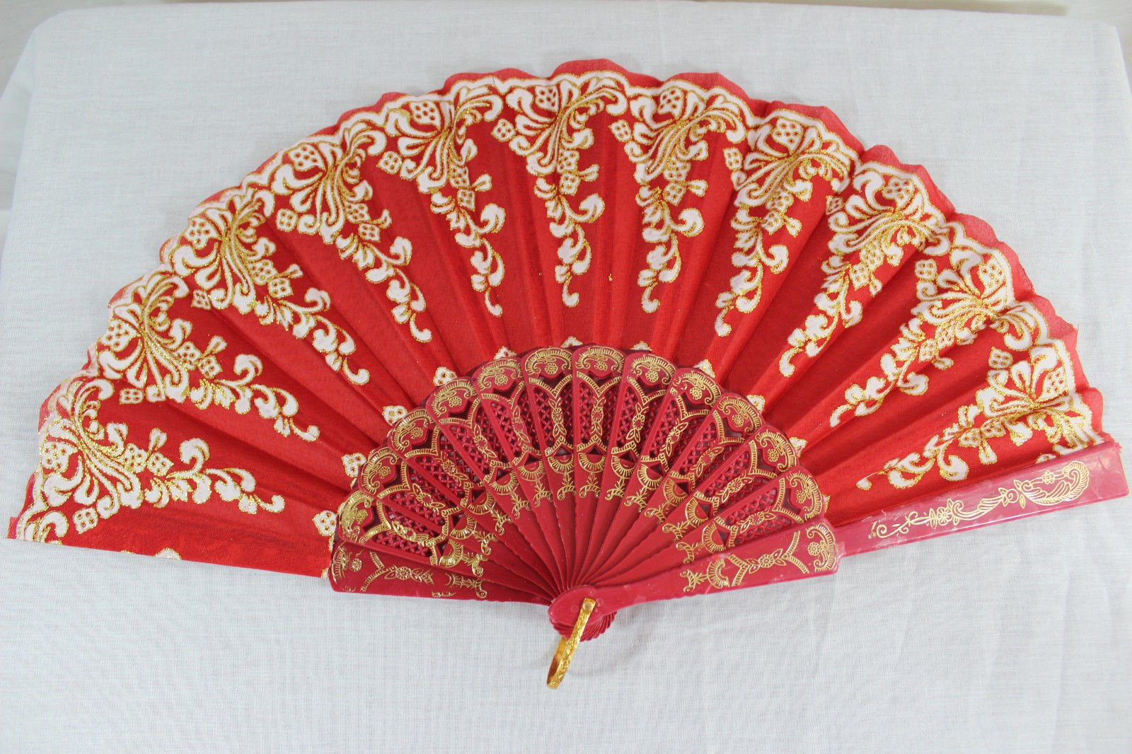 Red Vintage Spanish Style Dance Party Wedding Lace Folding Hand Held Flower Fan
