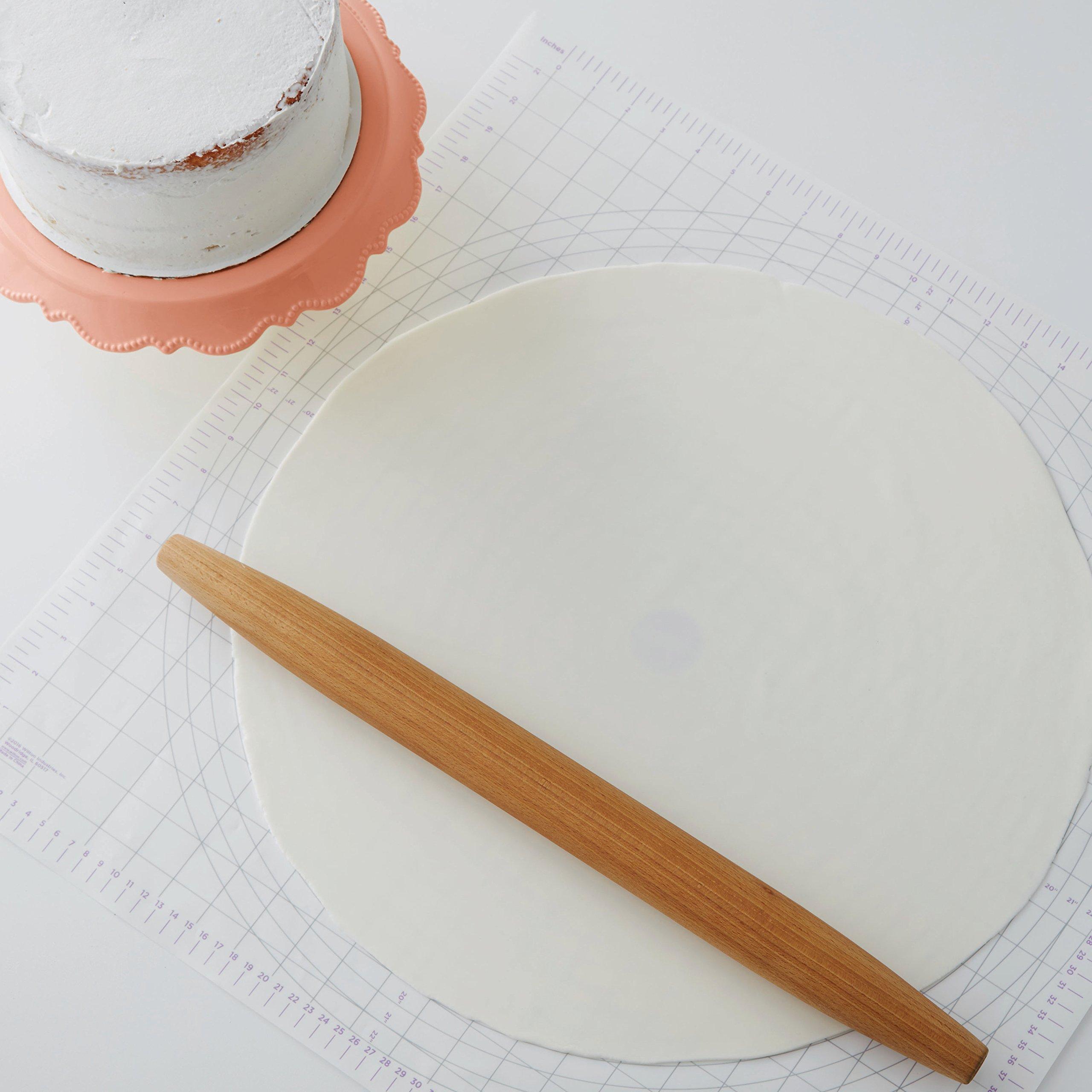 Wilton Decorator Preferred White Fondant, 5 lb. by Wilton (Image #4)