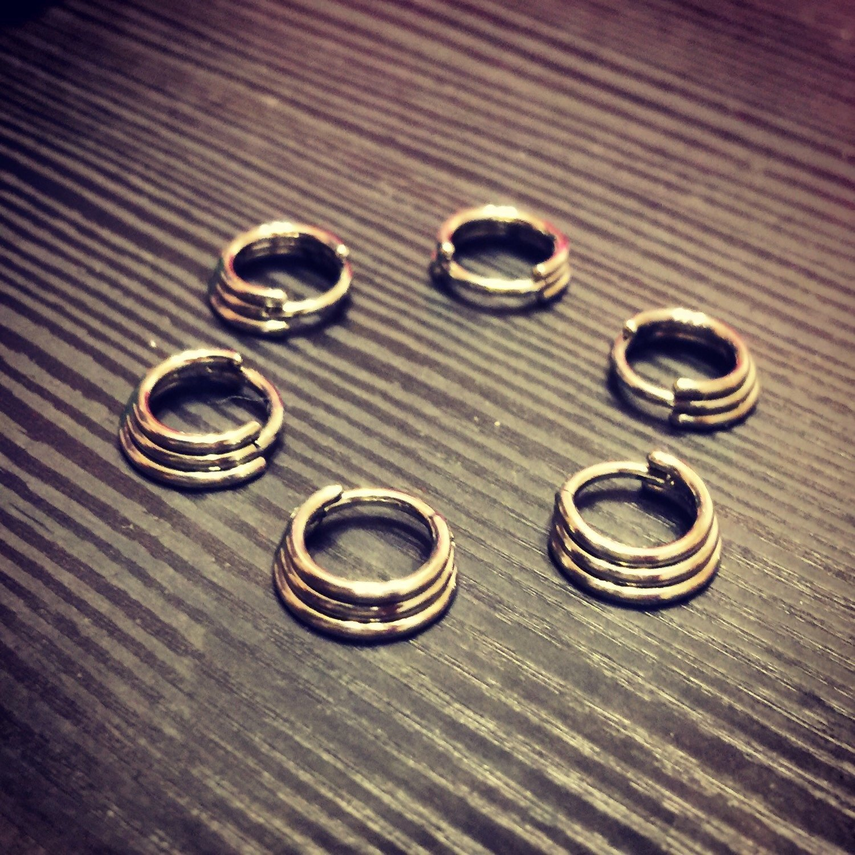 Amazon.com: TITANIUM Triple Septum Ring Hinged Clicker. 16G 7mm or ...