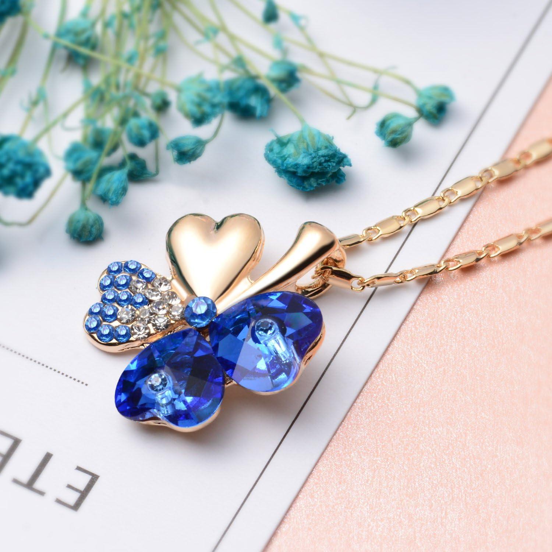 Joyfulshine Collier Femmes Pendentif Cristal Quatre Feuilles de Tr/èfle Collier 18K Plaqu/é Or Cha/îne ou pour Les Cadeau Filles Dames