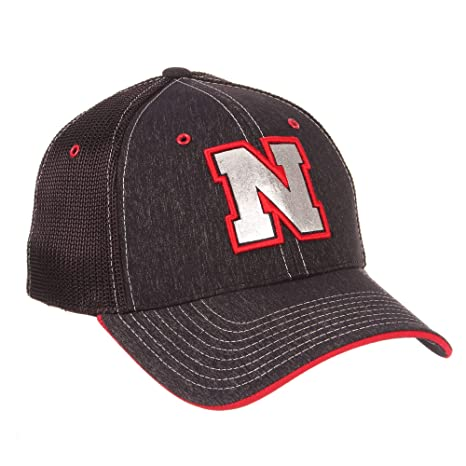 5f1a53c2741d6 Image Unavailable. Image not available for. Color  Nebraska Cornhuskers  Official NCAA Headlight Fitted Large Hat Cap by Zephyr 780343