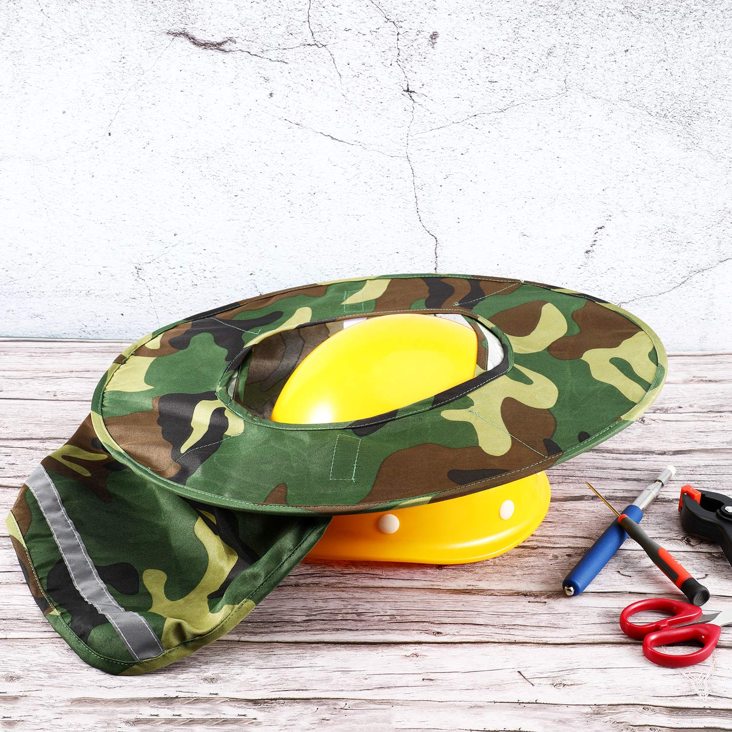 Jovitec 2 Pieces Helmet Sun Shade Hard Hat Sun Neck Shield with Full Brim, Reflective Stripe, Adhesive Hook for Safety Helmet (Camouflage) by Jovitec (Image #3)