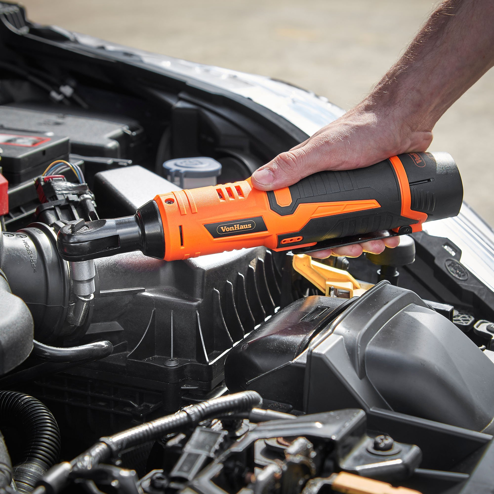 VonHaus Cordless Electric Ratchet Wrench Set with 12V Lithium-Ion Battery and Charger Kit 3/8'' Drive 15/145US by VonHaus (Image #4)