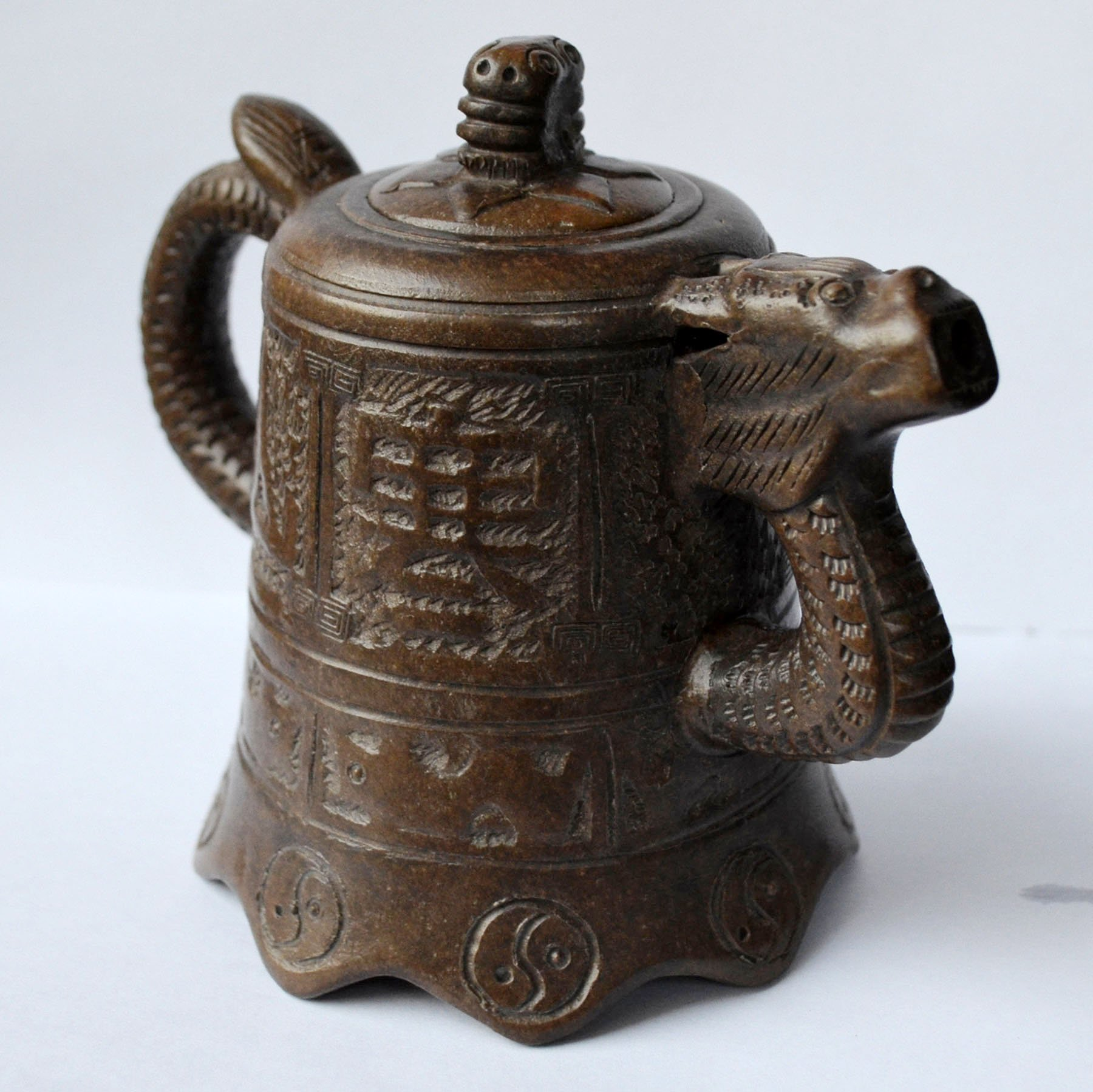 Teapot 12oz/360ml Yixing Zisha tea pots dragon classic Temple
