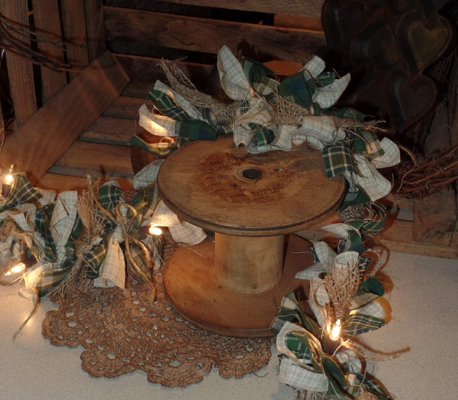 """country farmhouse rustic cabin decor primitive Ivory white Pip Berry 48/"""" GARLAND"""