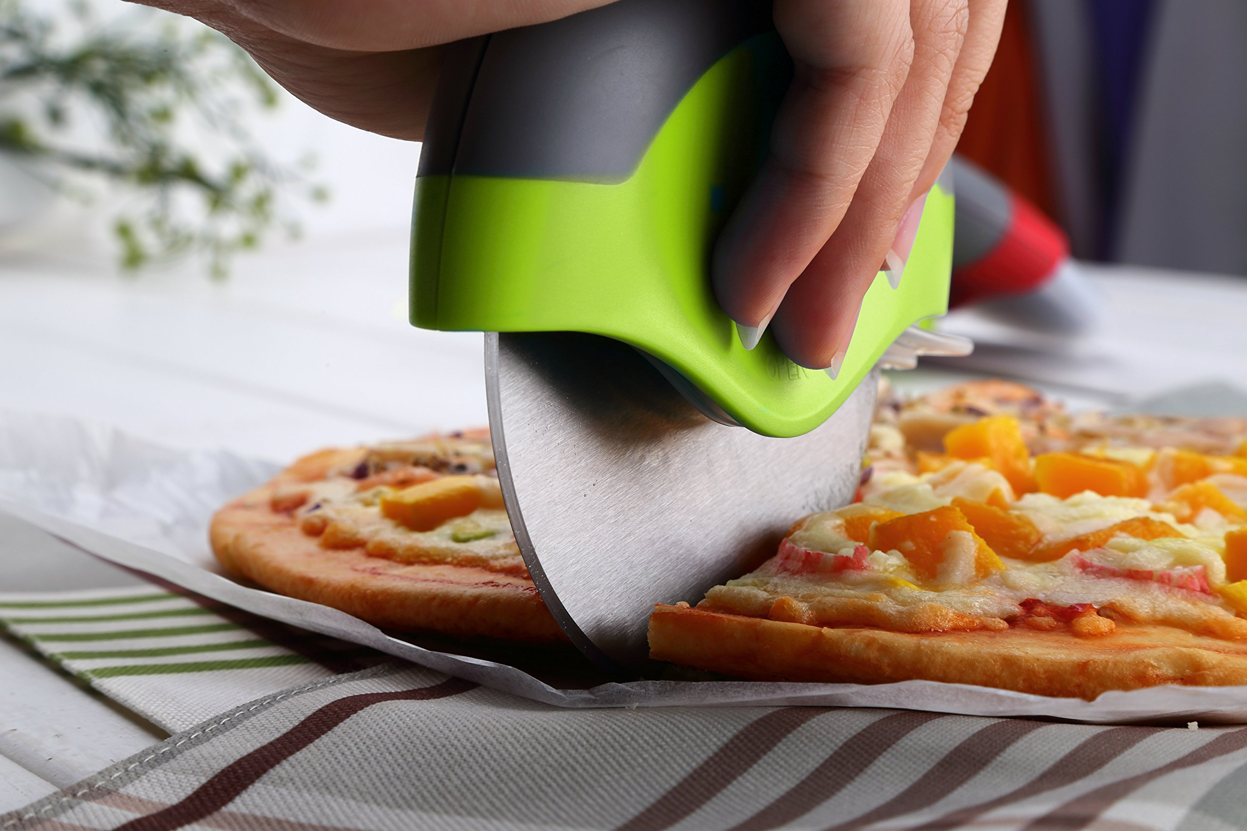 Kitchy Pizza Cutter Wheel - Super Sharp and Easy To Clean Slicer, Kitchen Gadget with Protective Blade Guard (Green) by Kitchy (Image #3)