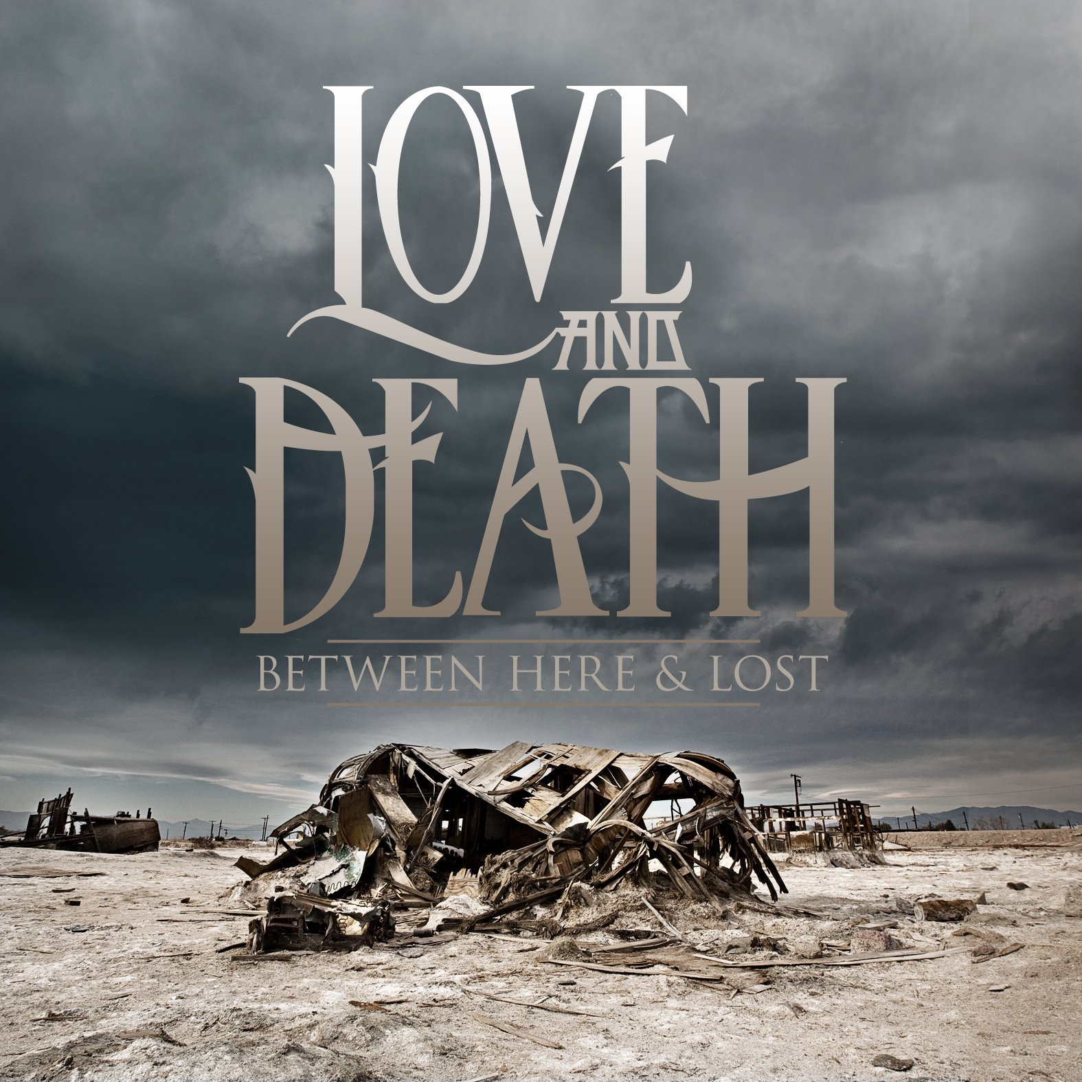 CD : Love and Death - Between Here and Lost (Deluxe Edition)