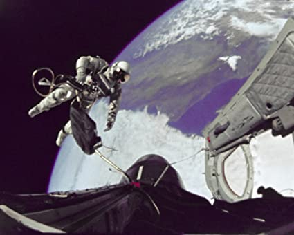 Astronaut Ed White Floats out Open Hatch on First Spacewalk New 8x10 Photo