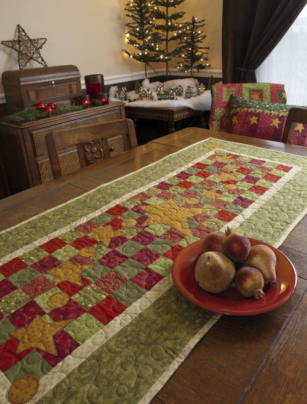 Tis the Season: Quilts and Other Comforts: Shelley Wicks, Jeanne ... : tis the season quilt book - Adamdwight.com