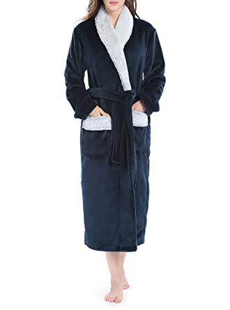 Genuwin Women s Bathrobe Luxury Flannel Fleece Soft Bath Robe with  Invisible Pockets and Belt Cozy Nightwear 42fe9a5e9