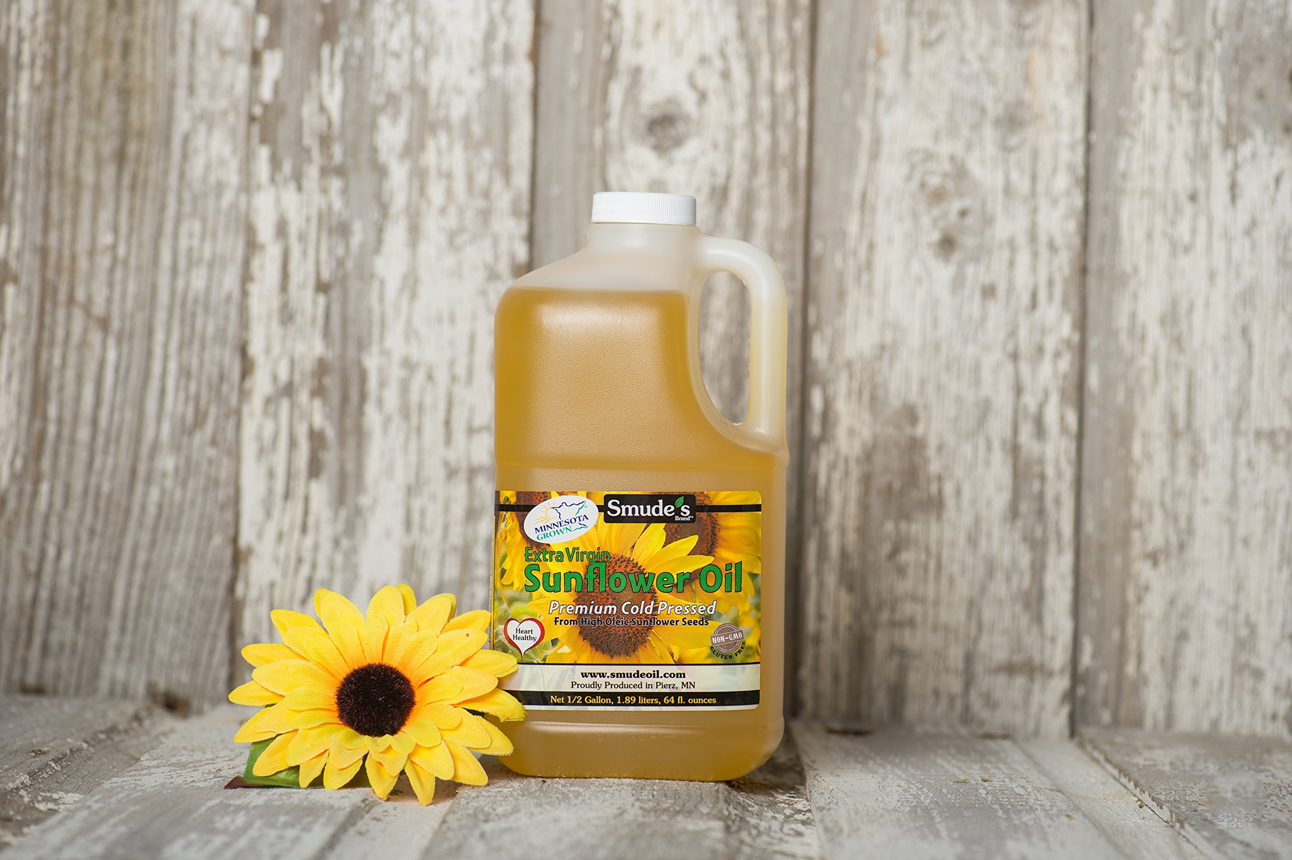 Smude Sunflower Oil 1/2 Gallon Plastic [Cold Pressed, All Natural, NonGMO Cooking Oil]