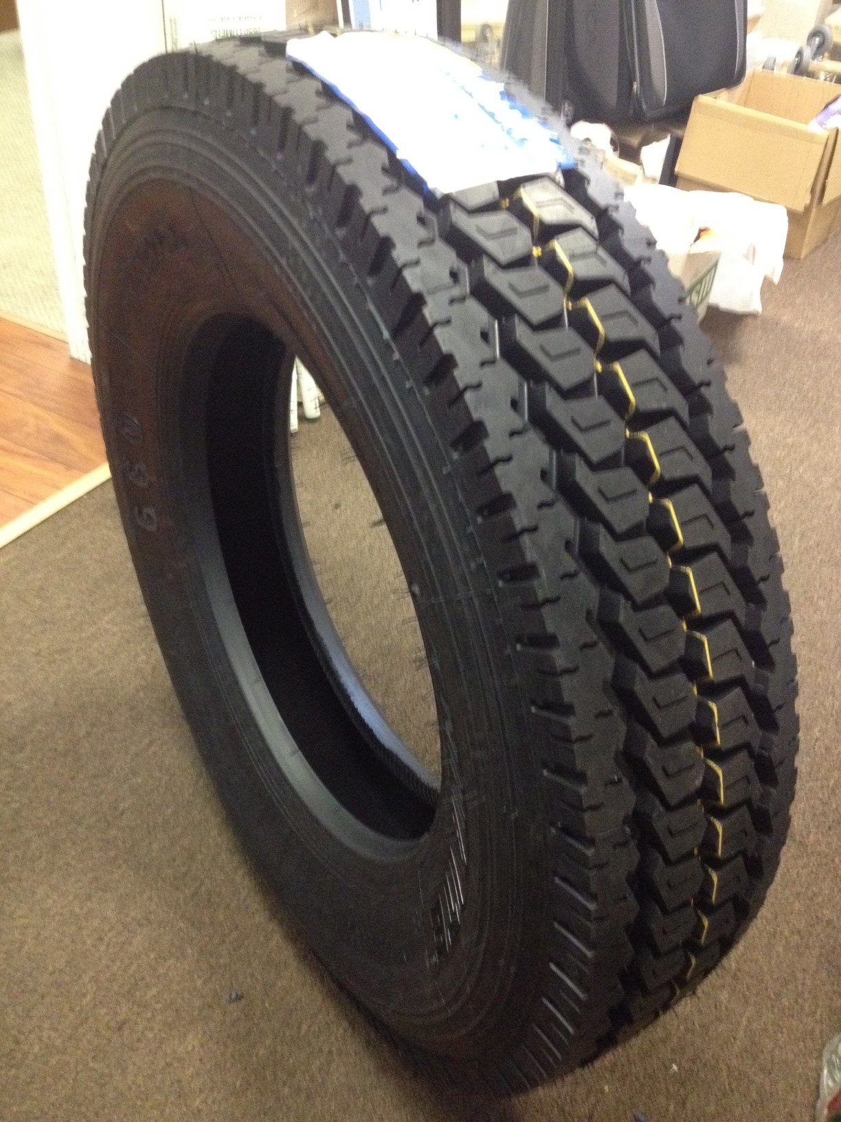 11R24.5 ROAD WARRIOR RADIAL (2- DRIVE TIRES) 16 PLY RATING