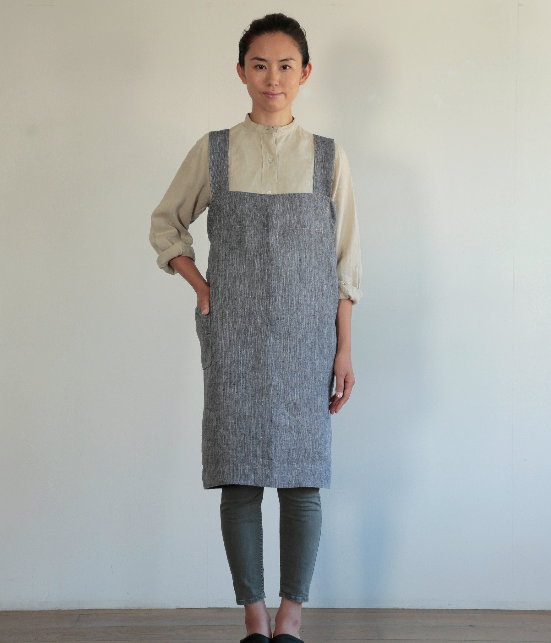 Linen Square Cross Apron, Denim, 100% Linen by IPPINKA