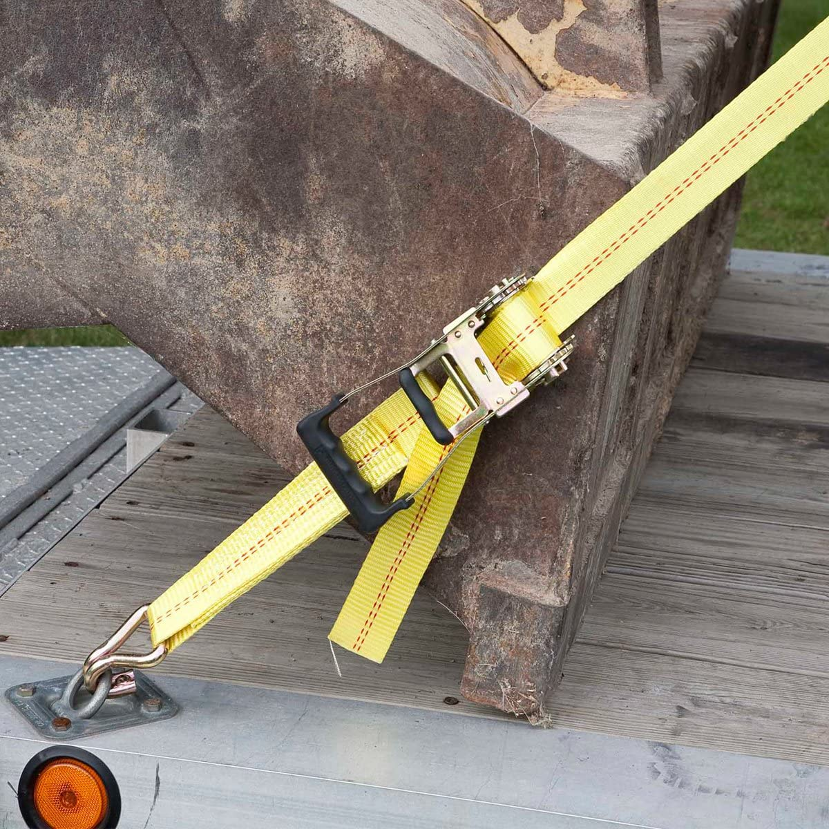 Safely Haul Large Equipment Yellow 10,000 lbs Break Strength SmartStraps 27-Foot Premium Ratchet Straps 1pk 3,333 lbs Safe Work Load Vehicles and More Commercial Tie-Downs Designed for Heavy-Duty Transport Tractors
