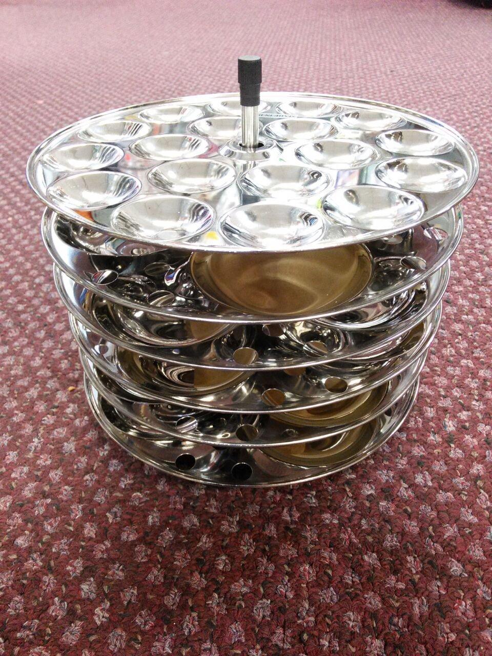 Butterfly 5 idli Plates+1Mini Idli Plates with Stand