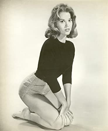 Jane fonda poster photo on her knees pinup girl art posters 11x14