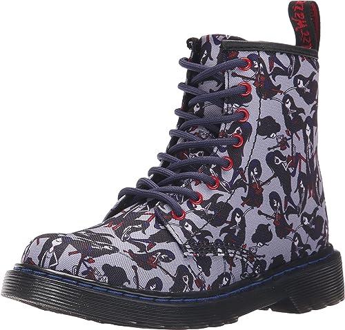 Dr. Martens Delaney Boot Size: 4 Wide