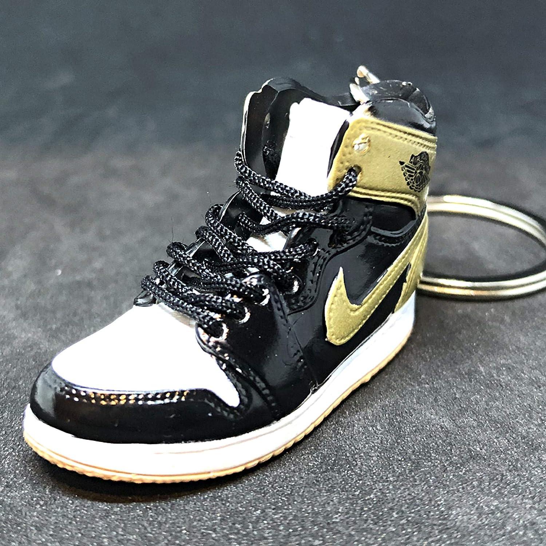 san francisco 1f306 89c5b Amazon.com: Pair Air Jordan I 1 Retro Top 3 Gold Toe Black ...