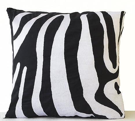 Funda de cojín bordado de rayas de cebra en blanco y negro ...
