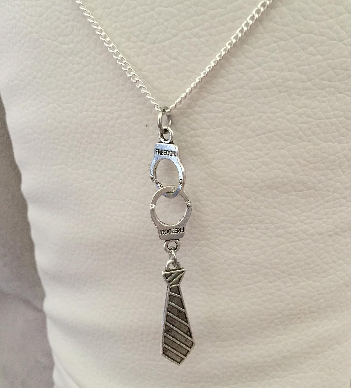 Menotte y corbata-Collar con colgante plata inspirado en 50 tono ...