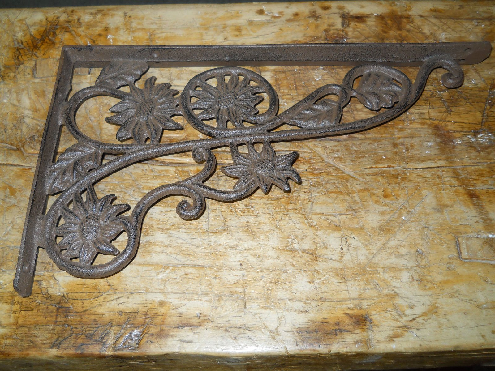 New 6 Cast Iron by YourLuckyDecor Antique Style SUNFLOWER Brackets, Garden Braces Shelf Bracket