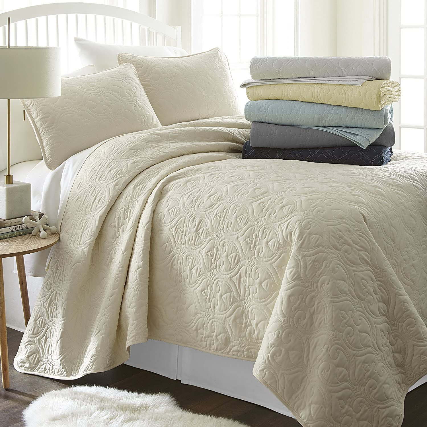 ienjy Home Square Patterned Quilted Coverlet Set King Ivory