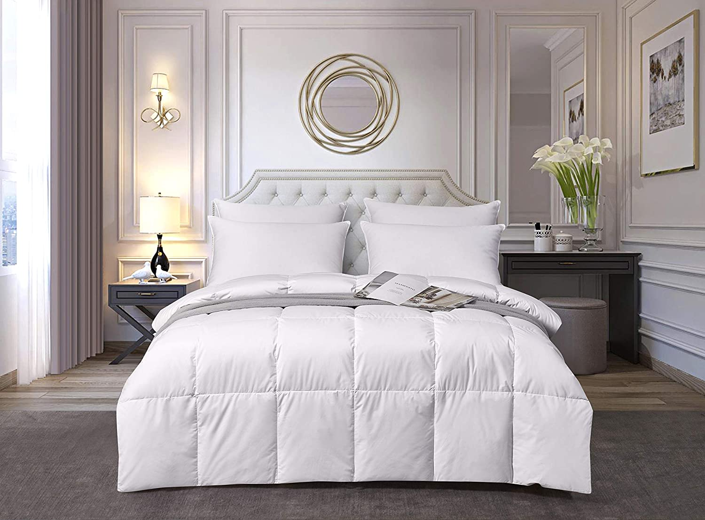 Elle Décor ELLE Light Warmth White Down Fiber Comforters, King