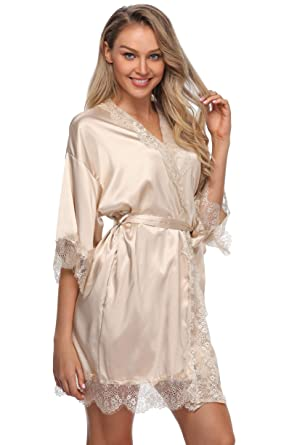 8f6043ed1e Image Unavailable. Image not available for. Color  Sexy Silk Kimono Robe  for Women Short Sleepwear Bride and Bridesmaid Bath Robe with Lace Trim