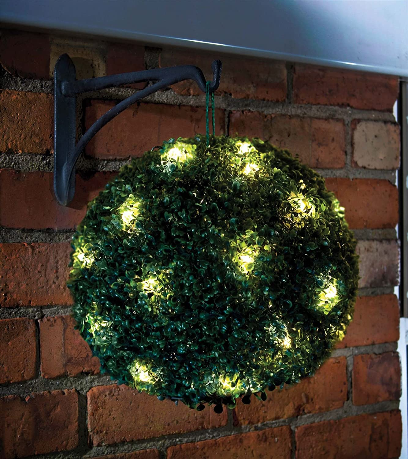 Solar Topiary Ball Sphere / Pagoda / Heart Bush Garden Patio Ornament 20  LED Lights (1 X Hanging Topiary Ball): Amazon.co.uk: Garden U0026 Outdoors