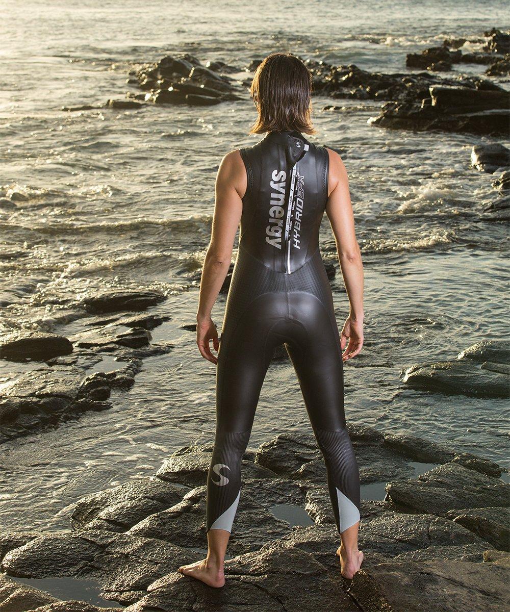 6bf99bcebb Amazon.com   Synergy Hybrid Women s Sleeveless Triathlon Wetsuit (P3)    Sports   Outdoors
