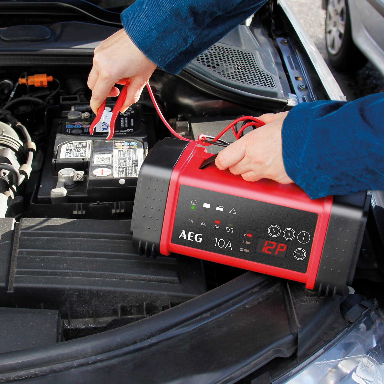 8-stufig AEG Automotive 97018 Mikroprozessor-Ladeger/ät LD 7.0 Ampere f/ür 6 und 12 V Batterien