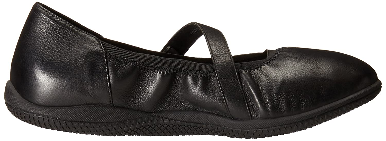 SoftWalk Women's Hollis Flat B00S0186Z2 7 B(M) US|Black