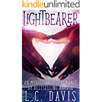 Lightbearer: An Mpreg Fantasy Romance book cover