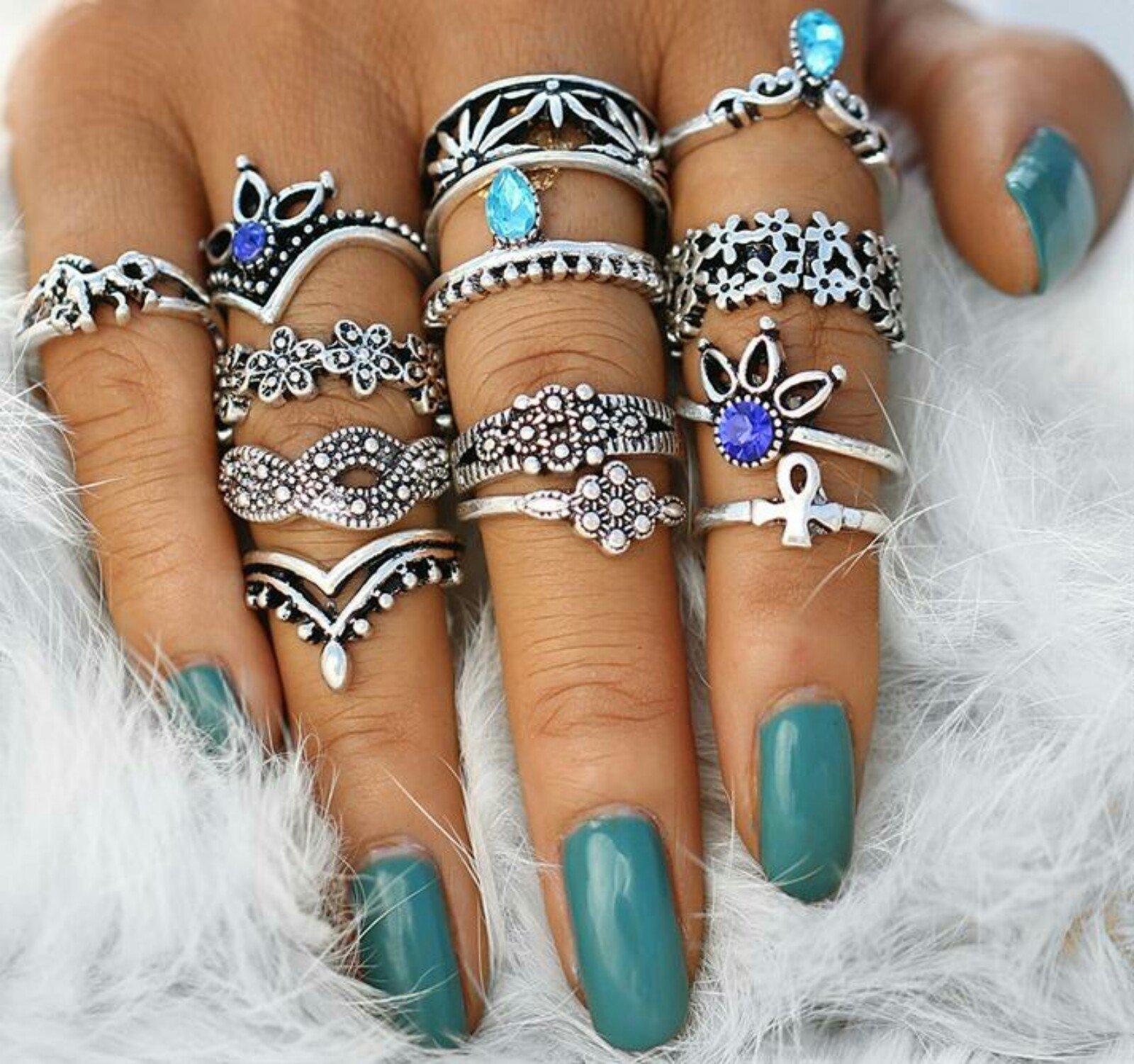 Two Glam Chixs Vintage Knuckle Statement Stacking Ring Set - Boho Stacking Ring Set Women