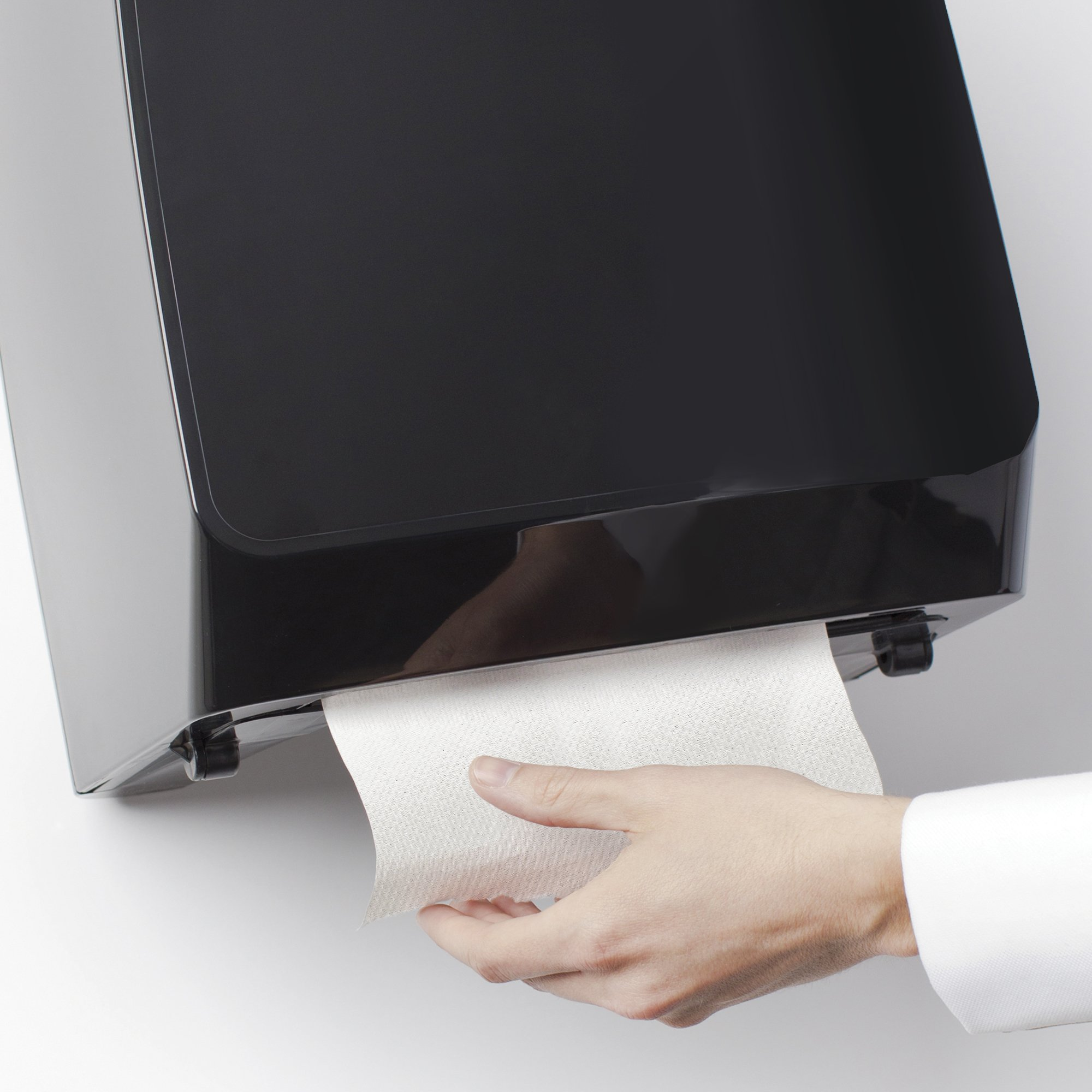 Scott Essential Hard Roll Paper Towels (01040), White, 800' / Roll, 12 Rolls / Case, 9,600' / Case