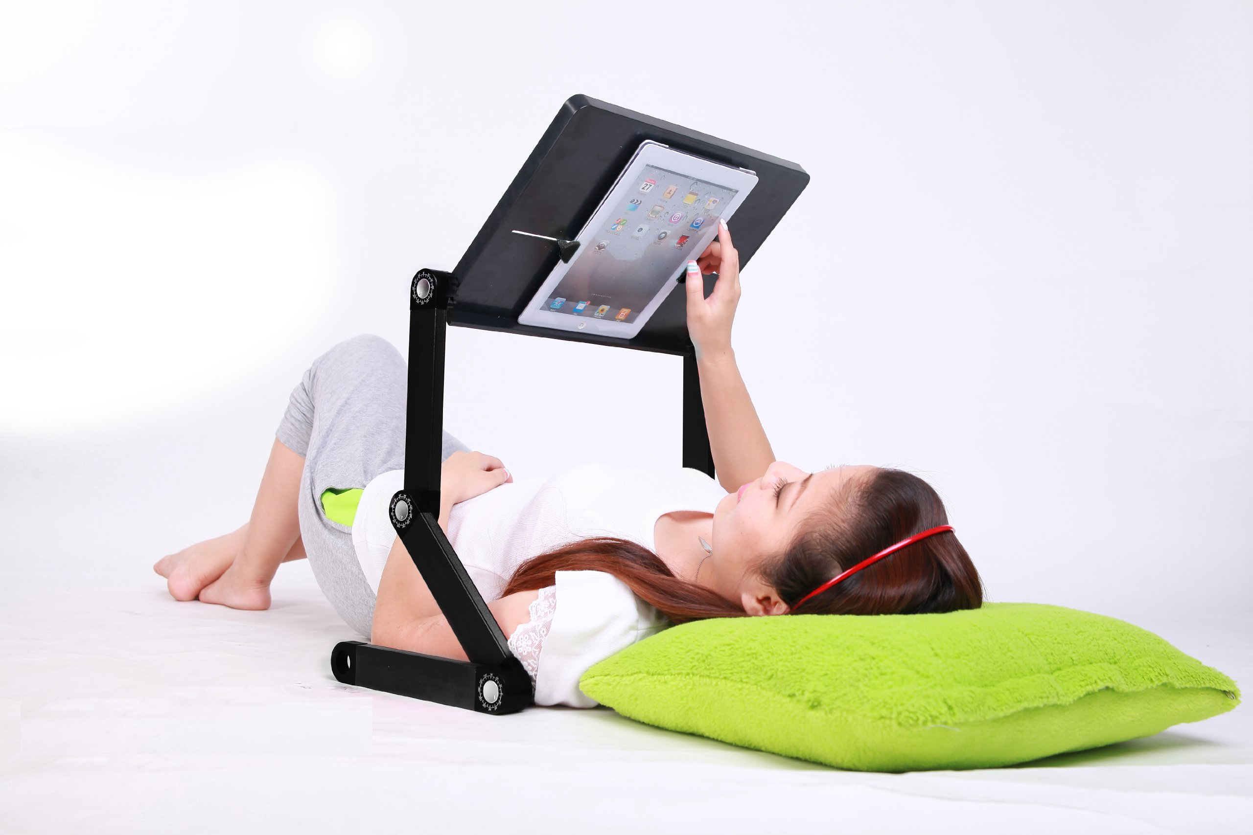 Portable Adjustable Height and Angle Ergonomic Reading Stand, Book holder, Tablet Stand, up to 12'' Laptop Stand, Document Holder, Black by idée (Image #2)