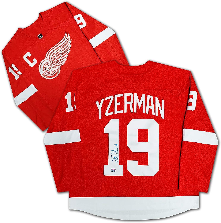Steve Yzerman Autographed Red Detroit Red Wings Jersey