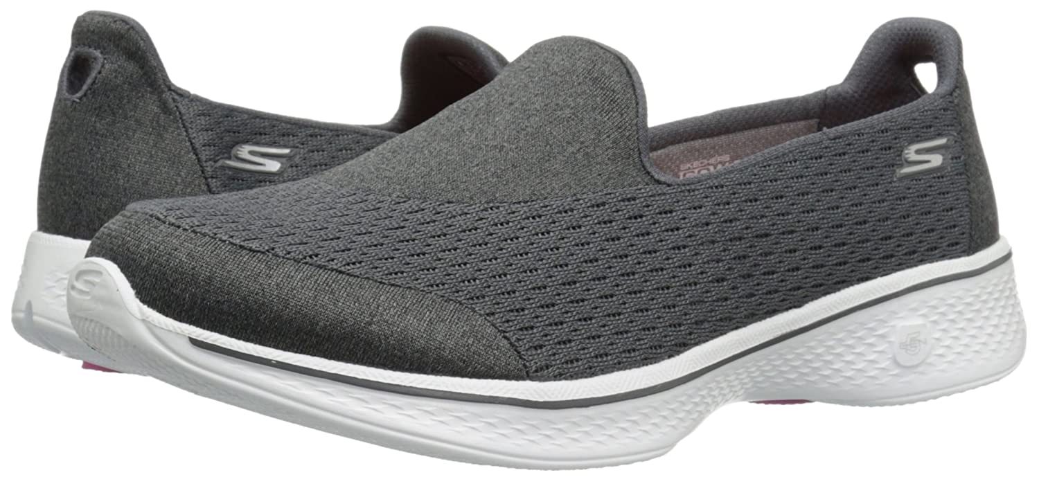 Skechers Performance Women's Go Walk 4 Pursuit Walking US|Charcoal Shoe B01AH05G6A 5 W US|Charcoal Walking 33c304