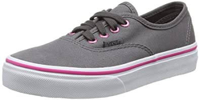 eb960bbb0a Vans Unisex Kids  Authentic Low-Top Sneakers  Amazon.co.uk  Shoes   Bags