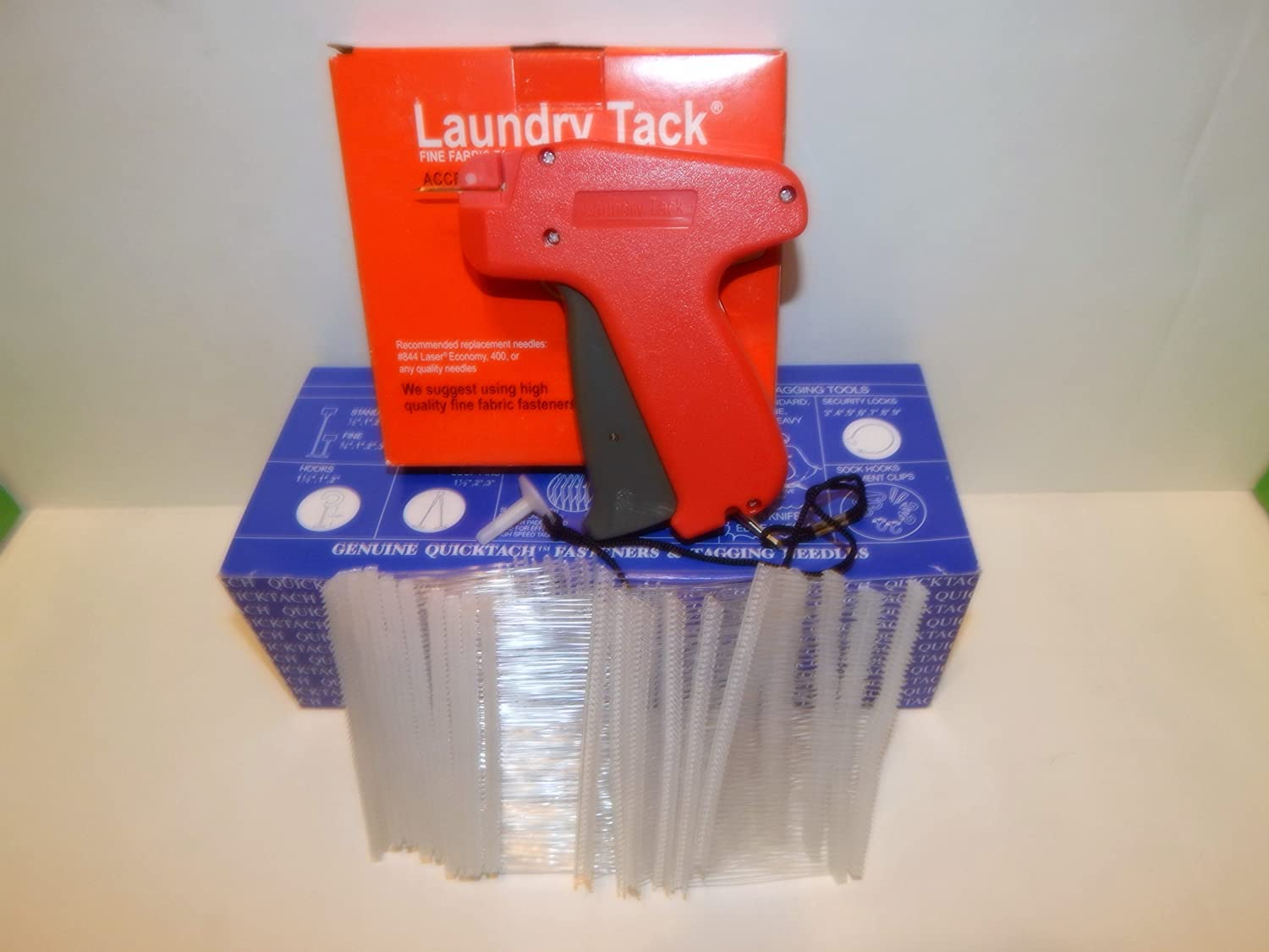 """1000 RED 2/"""" CLOTHING GARMENT PRICE LABEL TAGGING TAGGER GUN BARBS FASTERNERS"""