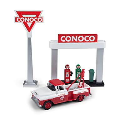 Mini Metals 40009 Mini Metals-1955 Chevy Tow Truck w/Station Sign & Gas Pump Island (Conoco), 1:87 Scale: Automotive