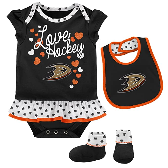 wholesale dealer 1fb50 968d6 Outerstuff NHL Newborn & Infant Love Hockey Bib & Bootie Set
