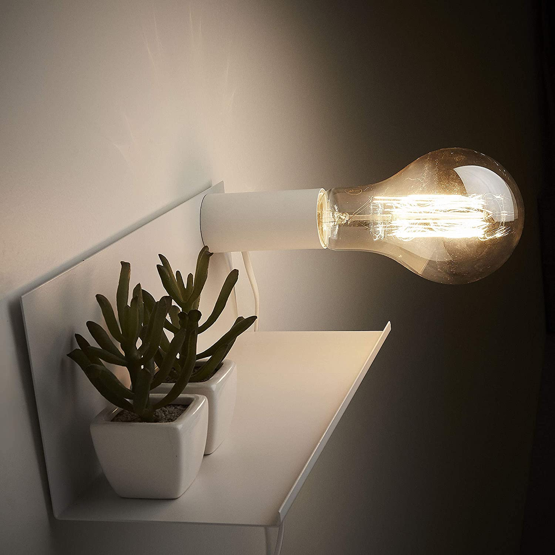 Lampada da parete Hannah bianca con portalampada magnetico e mensola Kave Home