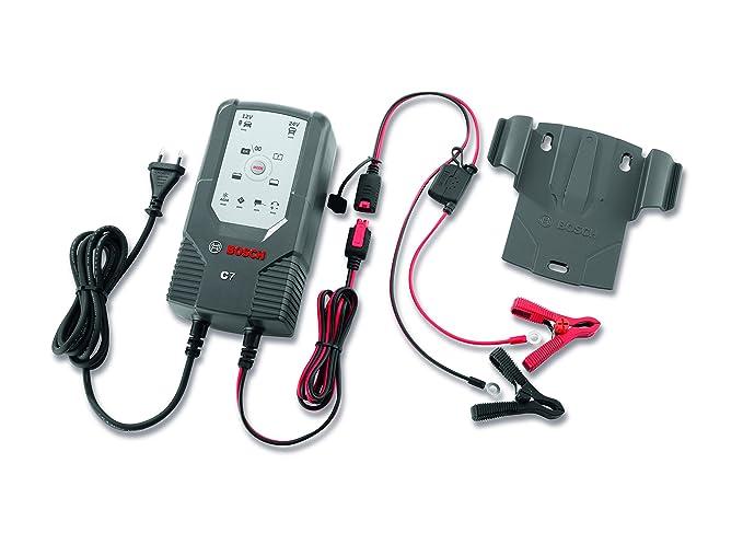 Cargador automático de batería Bosch C7 para 12-24 V / 7 A: Amazon ...