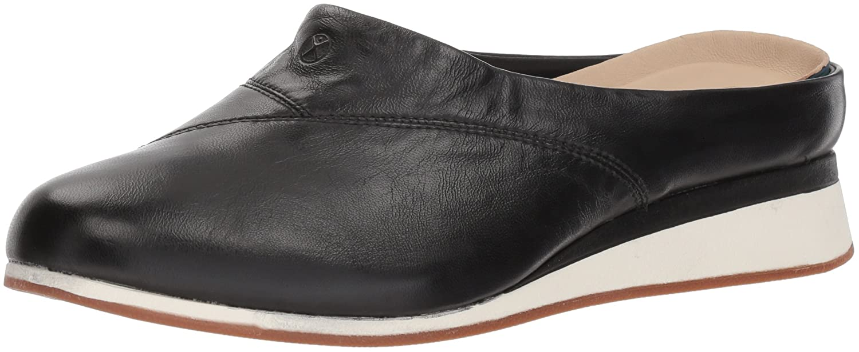 c1938c2784f Amazon.com  Hush Puppies Women s Evaro Mule  Shoes