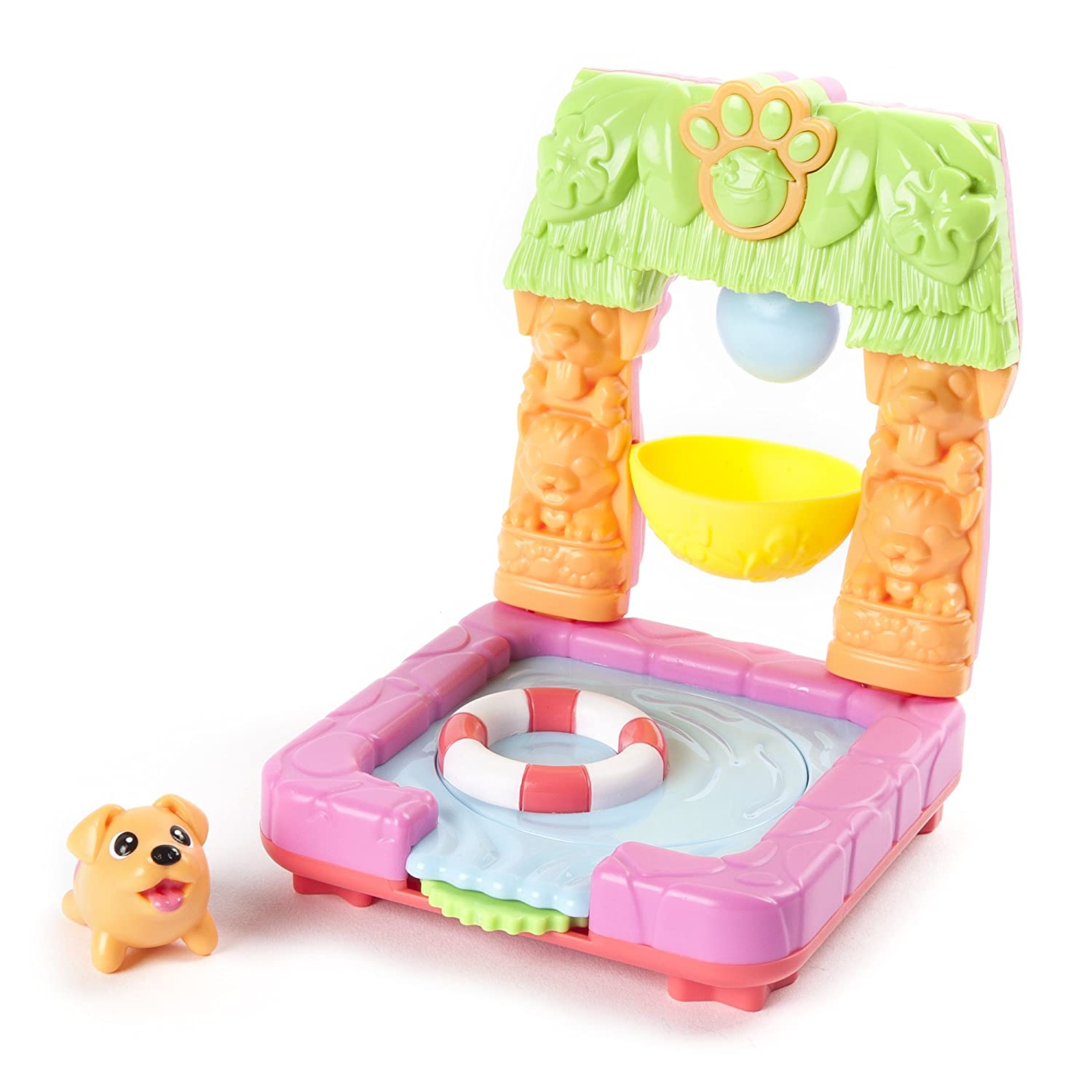 2-in 1 Transformable Flip N/' Island Party Playset with Hawaiian Labrador Collectible Figure Spin Master 20086769 Chubby Puppies and Friends