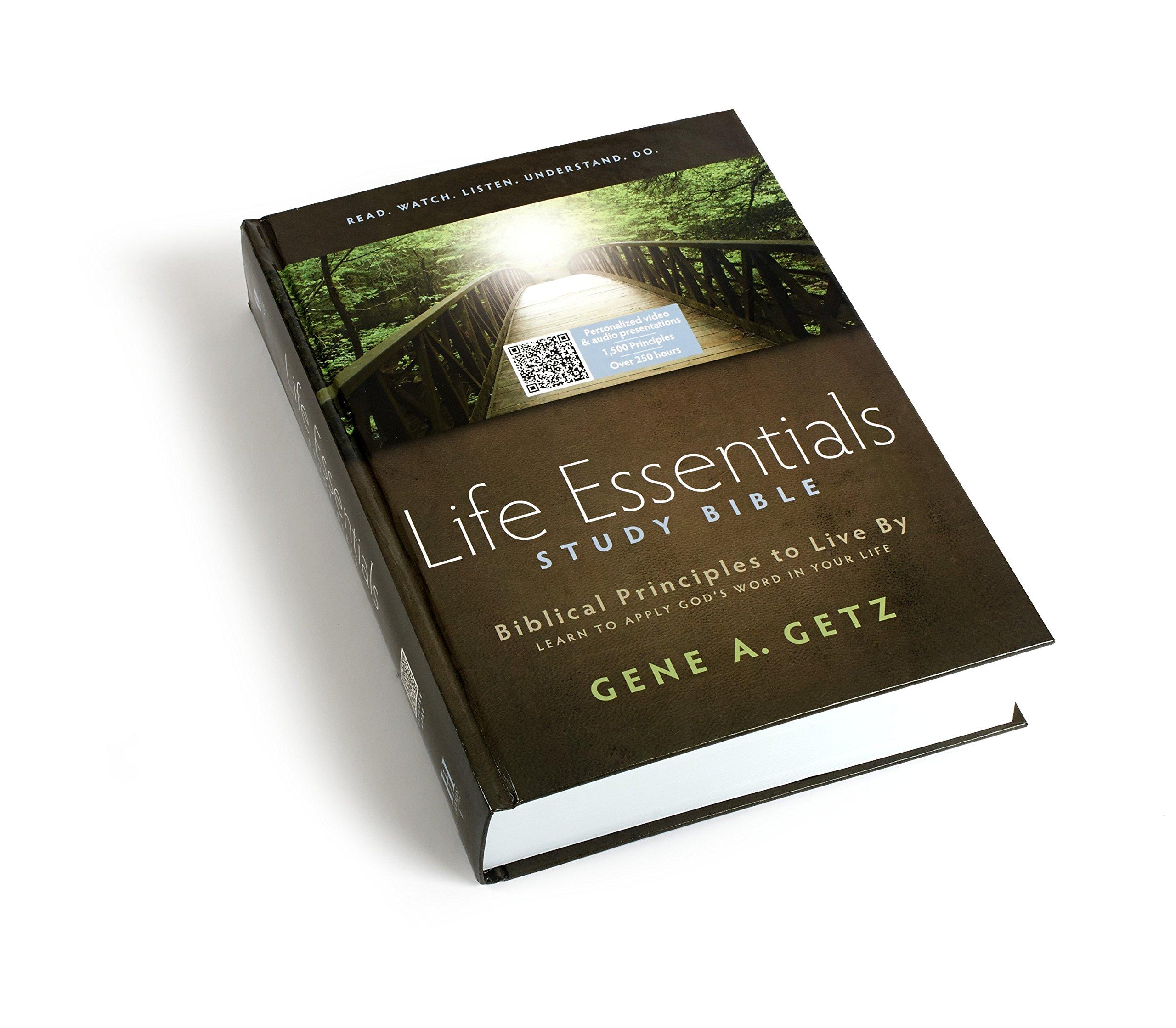 Life Essentials Study Bible-HCSB: Principles to Live by: Amazon.es: Holman Bible Staff, Gene A. Getz: Libros en idiomas extranjeros