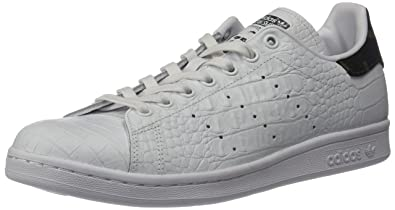 best website 6d5f4 e1bce adidas Originals Men s Stan Smith Fashion Running Shoe, White Black 1, (12 M