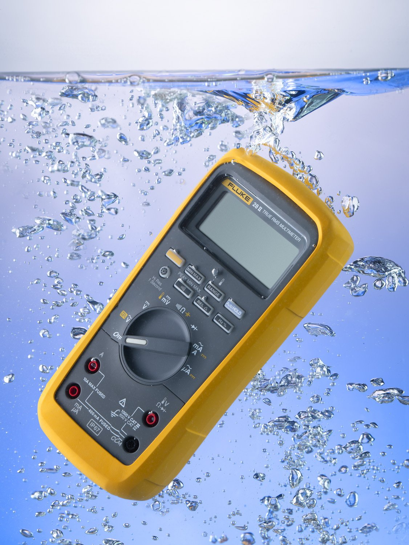 Fluke 28 II True-RMS Rugged IP 67 Industrial Digital Multimeter Fluke Corporation 28II